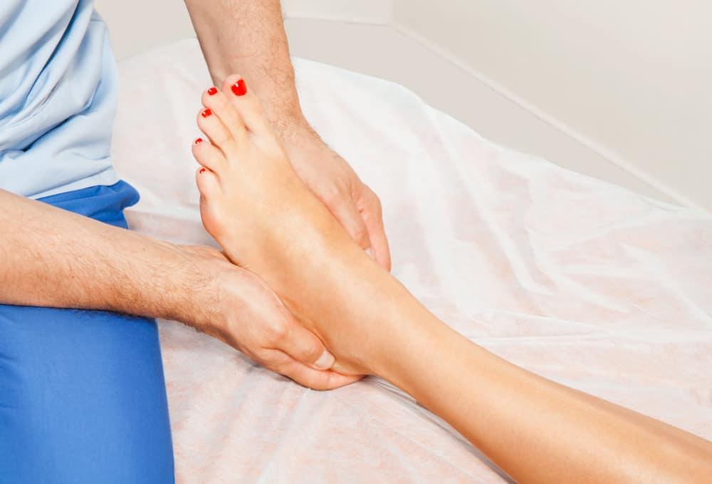 gejala pergelangan kaki terkilir