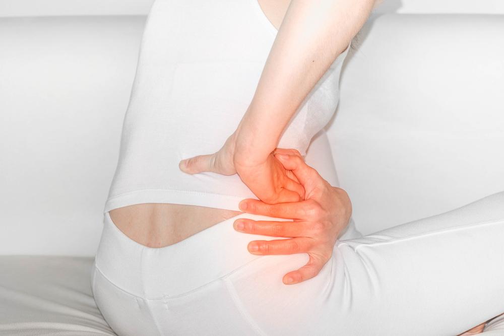 penyebab pinggang kanan sakit