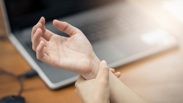 cara menghilangkan kesemutan pada tangan