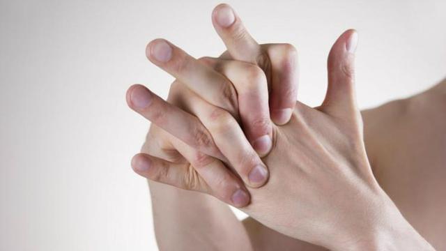 penyebab jari kaku