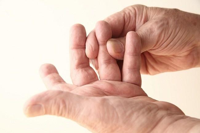 obat tradisional jari tangan kaku dan sakit