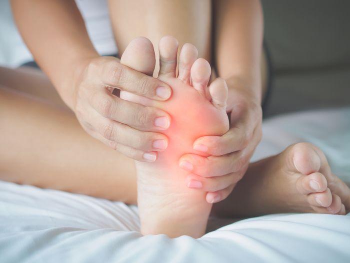 asam urat di telapak kaki
